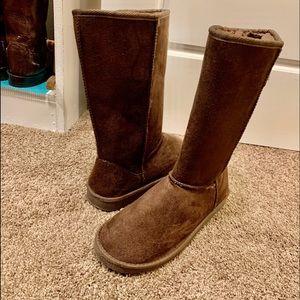 Beautiful Chocolate Brown Boots